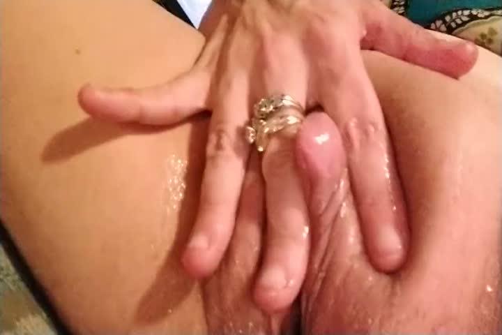 Busty Blonde Milf Julia Ann Puffs On Cigarette Nude In Bed80