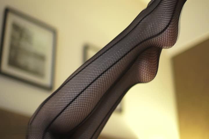 黑丝网装少女模特大秀S好身材