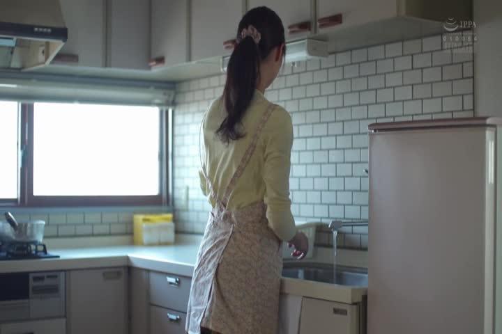 禁忌的情欲被义弟侵犯-夏目彩春