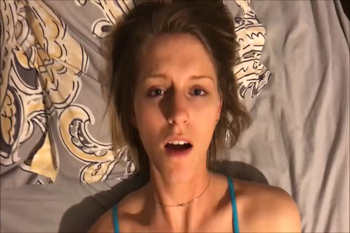 Sexy Ryan Ryans Rubs her Pussy