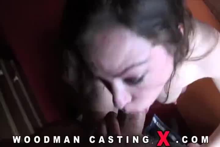 Busty Babe Siri Pornstar Punishes Peeping Tom In Hot 4 Way44