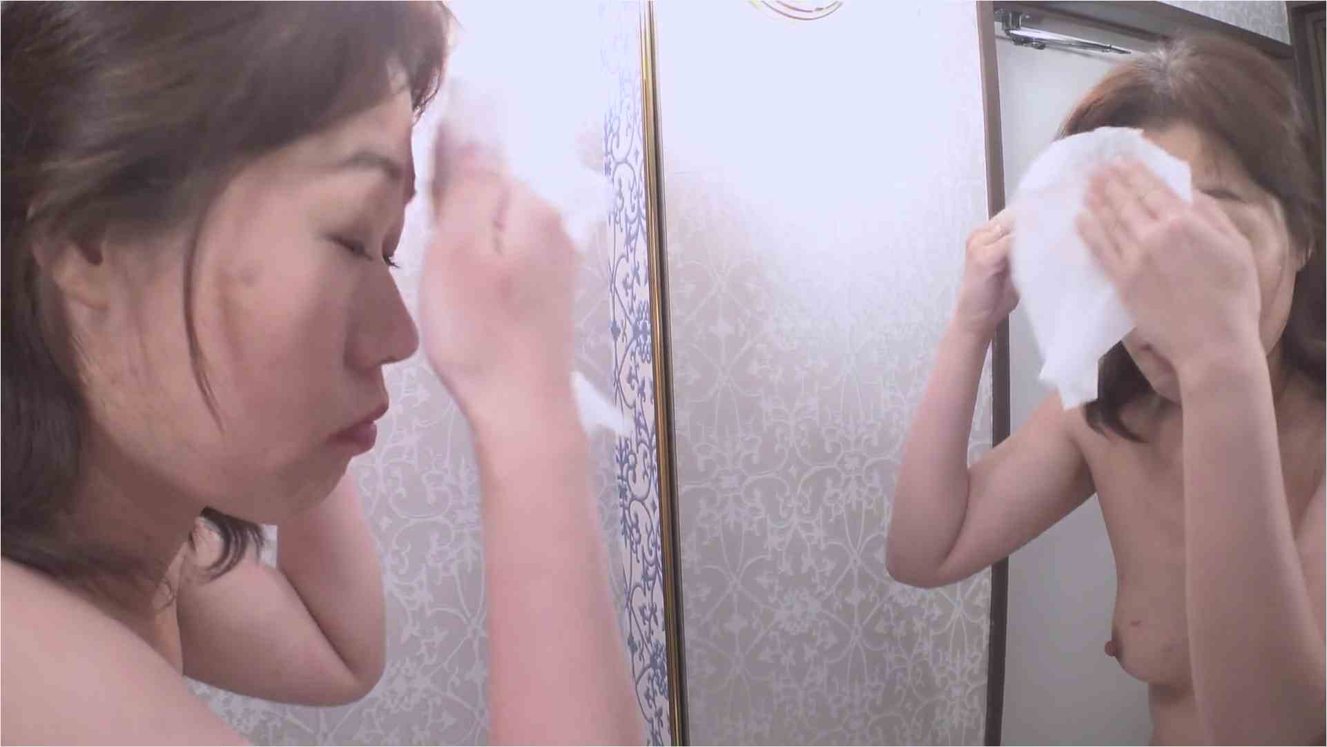 Pacopacomama-040219_063-スッピン熟女 ~陰毛の白髪を見られるよりも恥ずかしい…~ 岡本しおり