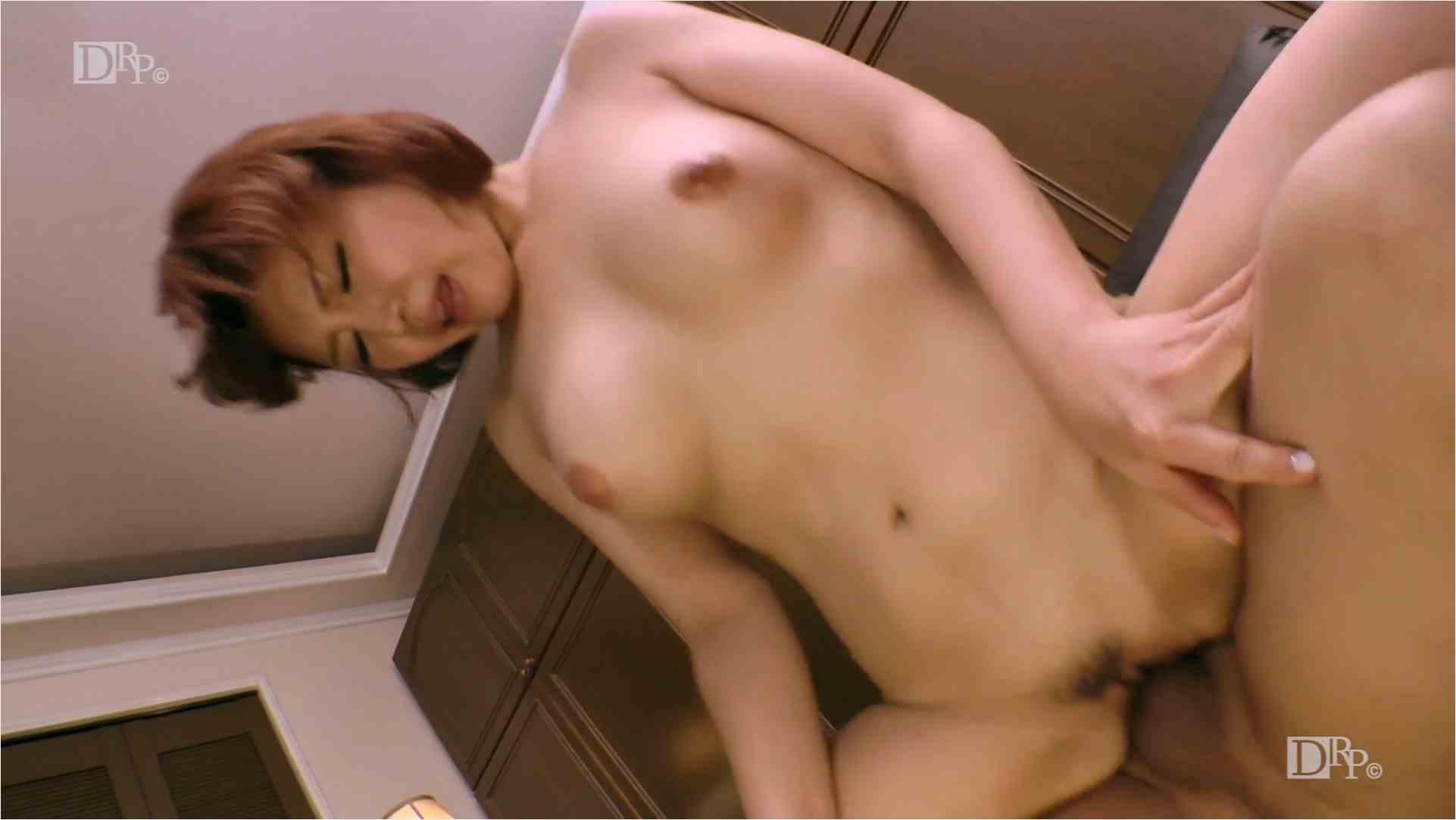 Heyzo-1549-続々生中~美巨乳を揉みしだく!~