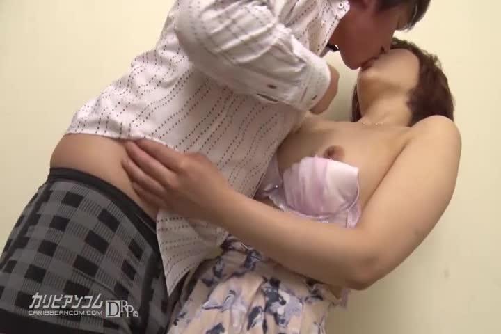 恍惚 ~半年振りの浓密セックス~