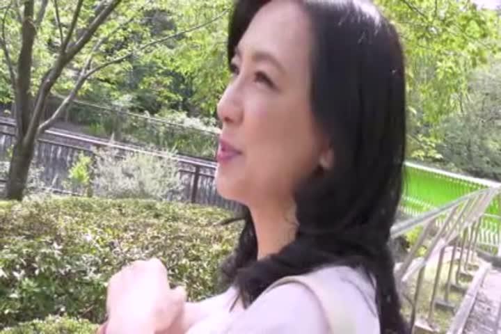 姑妈~美熟女难忘的散步~服部圭子