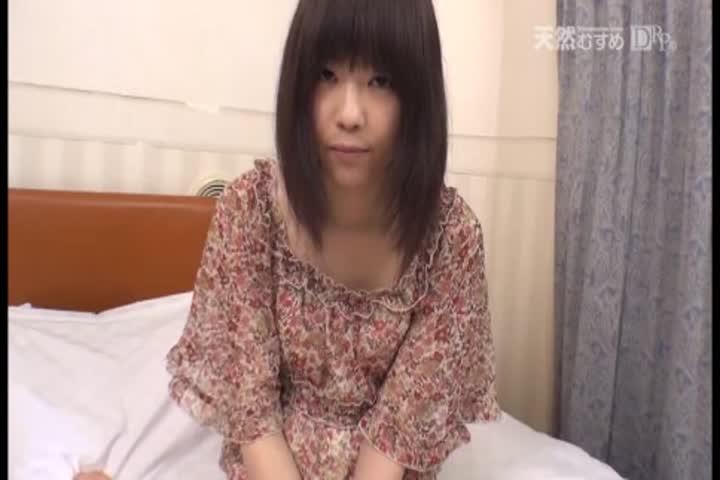天然むすめ ~ 安田晴美 26岁 天然の若妻 ~子供のために顽张ります~ 中文字幕  独家