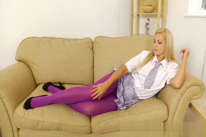 大奶少妇红丝袜诱惑写真